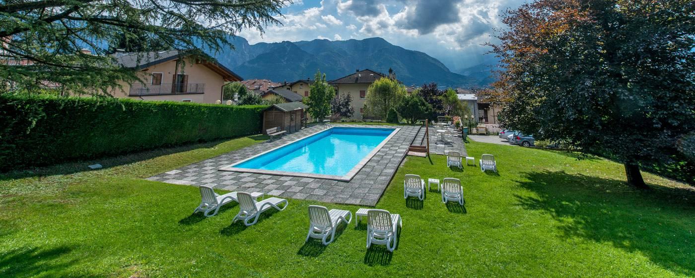 Piscina Giardino Hotel Lucia Levico Terme Levico Terme