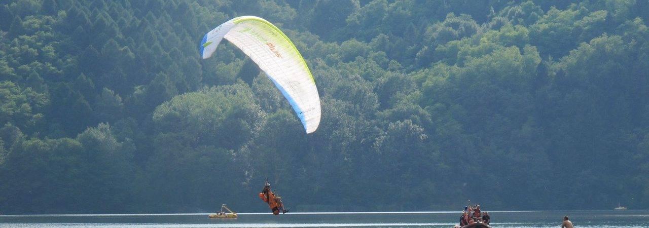 Il decollo dedicato al parapendio di Vetriolo Terme è la meta ideale in Trentino per gli appassionati di questo sport!