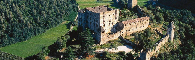 I castelli in Trentino nei dintorni di Levico Terme vi aspettano per raccontarvi un po' di storia.
