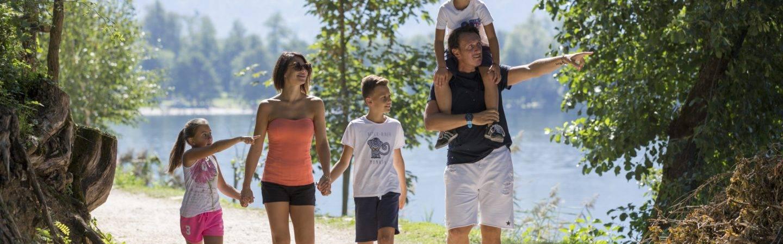 In famiglia a Levico Terme, in Trentino, per divertirsi tutti insieme ed esplorare un territorio di natura e autenticità.